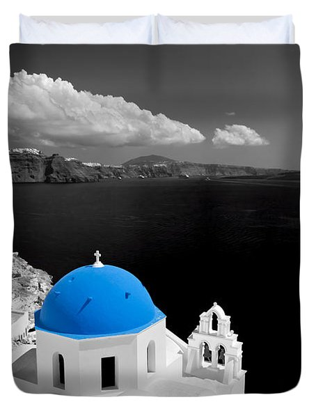 Oia Town On Santorini Island Greece Blue Dome Church Black And White. Duvet Cover