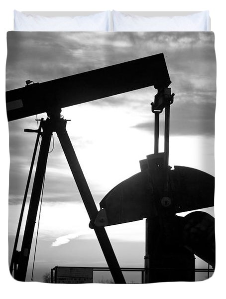 Oil Well Pump Jack Black And White Duvet Cover