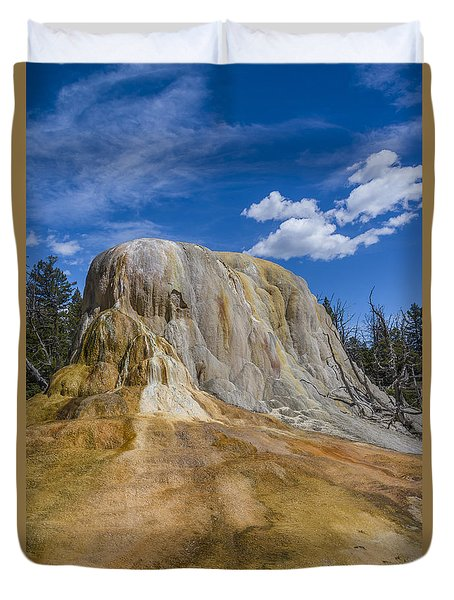 Orange Spring Mound Yellowstone National Park Duvet Cover