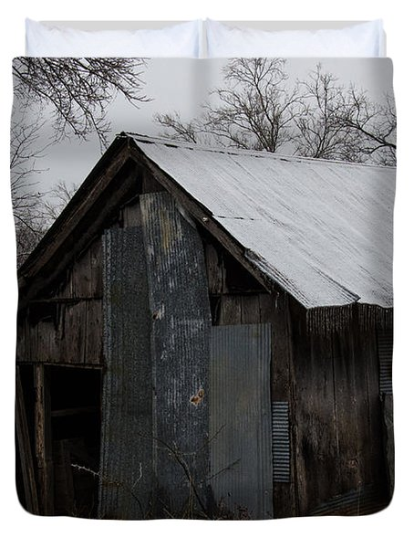 Patchwork Barn With Icicles Duvet Cover
