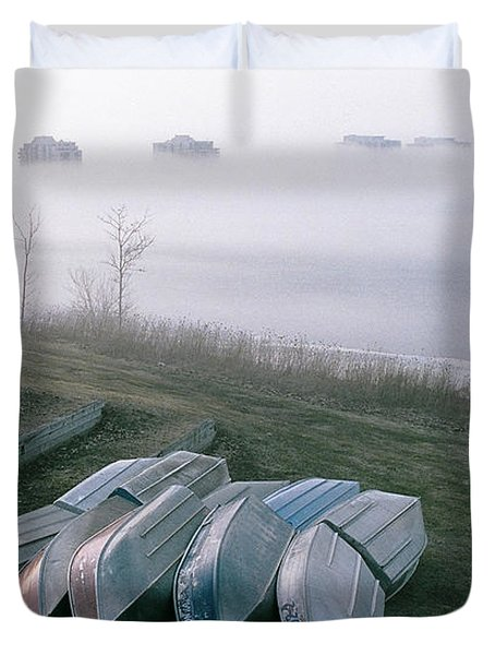 Duvet Cover featuring the photograph Patiently Waiting by David Porteus