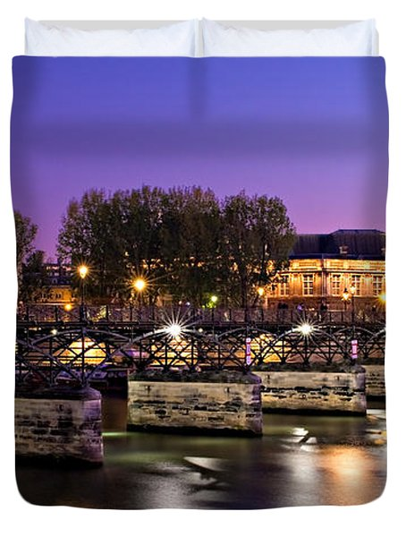 Duvet Cover featuring the photograph Pont Des Arts At Night / Paris by Barry O Carroll