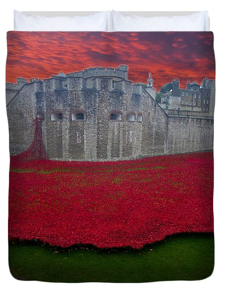 Poppies Tower Of London Duvet Cover