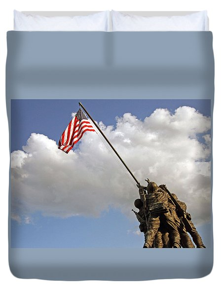 Duvet Cover featuring the photograph Raising The American Flag by Cora Wandel