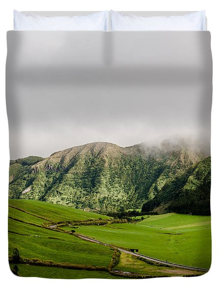 Road Over Valley Duvet Cover