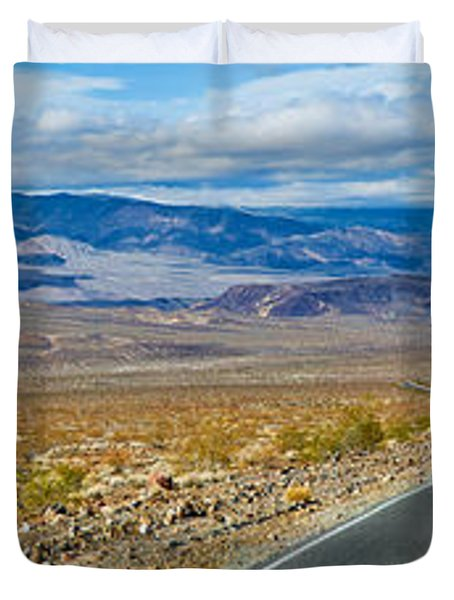 Road Passing Through A Desert, Death Duvet Cover by Panoramic Images
