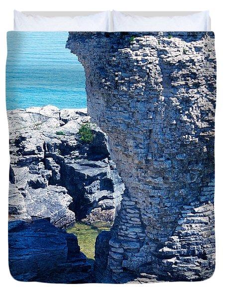 Rock Formations, Bruce Peninsula Duvet Cover