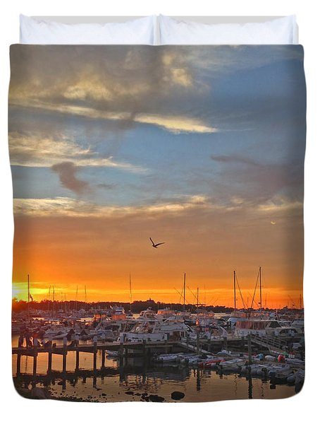 Seagull Sunset Duvet Cover by Todd Breitling