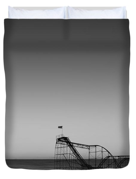 Star Jet Roller Coaster Hdr Duvet Cover by Michael Ver Sprill