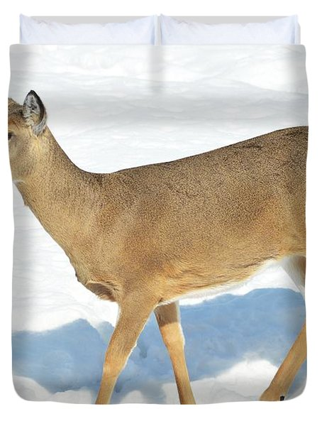 Duvet Cover featuring the photograph Strike A Pose by Dacia Doroff