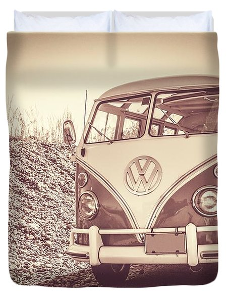Surfer's Vintage Vw Samba Bus At The Beach Duvet Cover by Edward Fielding