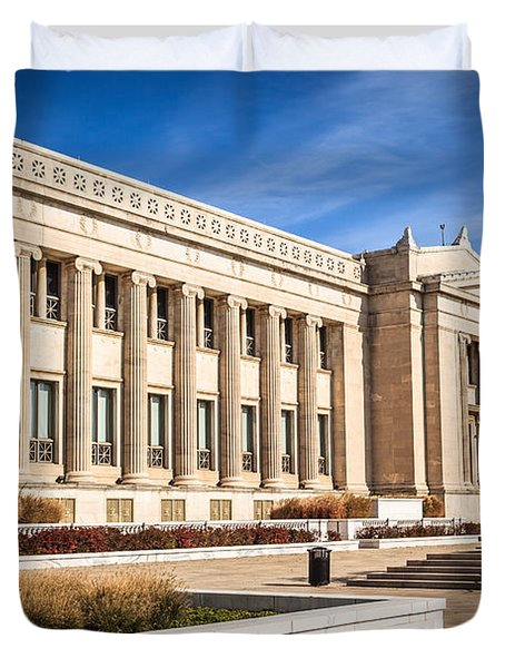The Field Museum In Chicago Duvet Cover by Paul Velgos