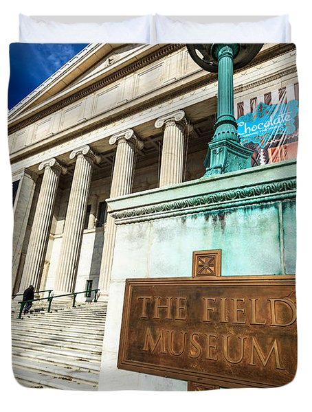 The Field Museum Sign In Chicago Duvet Cover by Paul Velgos