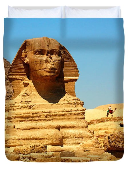 Duvet Cover featuring the photograph The Great Sphinx Of Giza And Pyramid Of Khafre by Joe  Ng