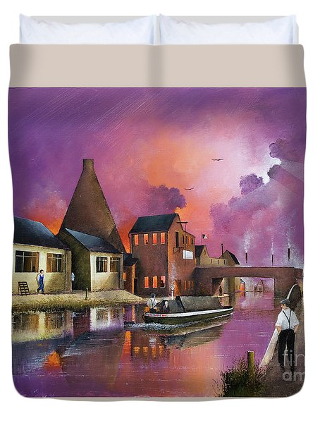 The Red House Cone - Wordsley Duvet Cover