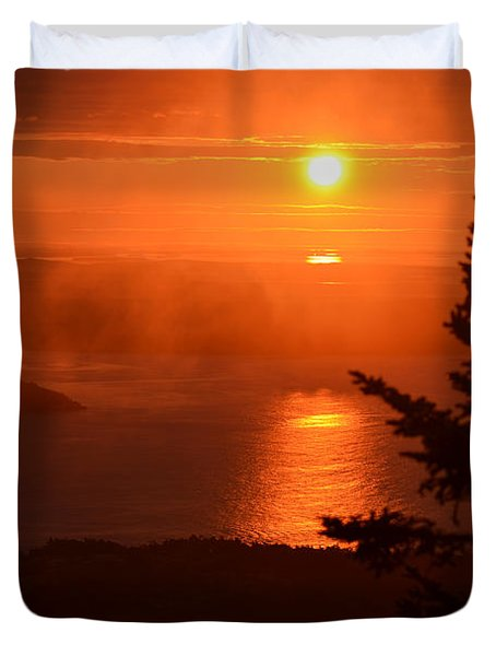 The Sunrise From Cadillac Mountain In Acadia National Park Duvet Cover