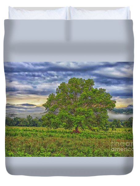 Duvet Cover featuring the photograph The Tree by Geraldine DeBoer