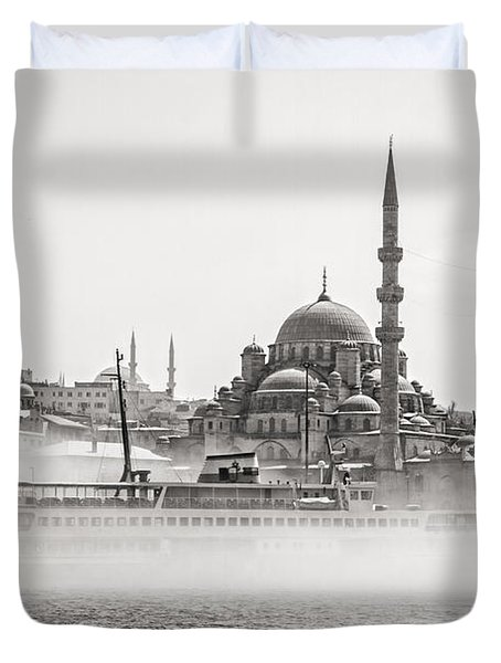The Yeni Mosque In Fog Duvet Cover