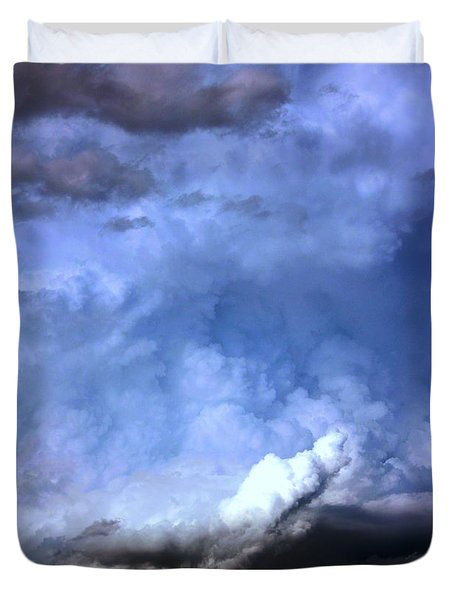 There Be A Storm A Brewin In Nebraska Duvet Cover