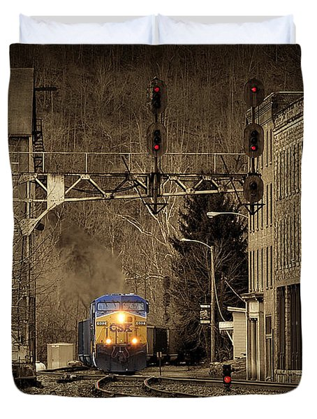 Train At Thurmond Wv Duvet Cover by Dan Friend