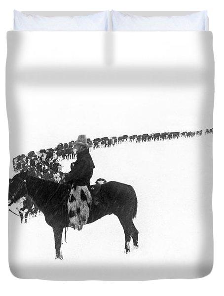 Wintertime Cattle Drive Duvet Cover