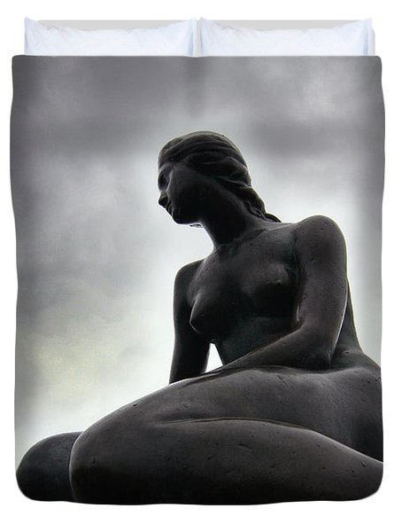 Woman Standing Strong Duvet Cover