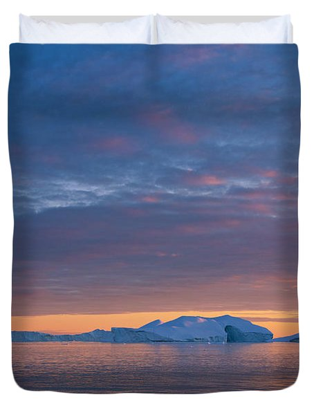 110613p176 Duvet Cover by Arterra Picture Library