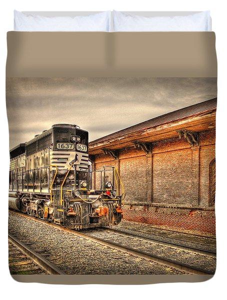 Locomotive 1637 Norfork Southern Duvet Cover