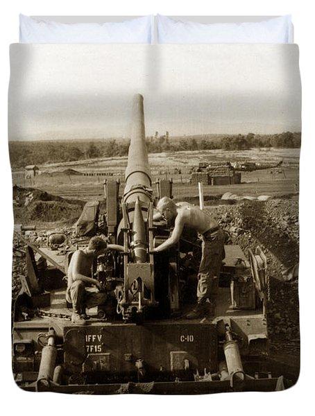 175mm Self Propelled Gun C 10 7-15th Field Artillery Vietnam 1968 Duvet Cover
