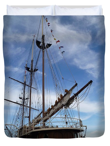 1812 Tall Ships Peacemaker Duvet Cover