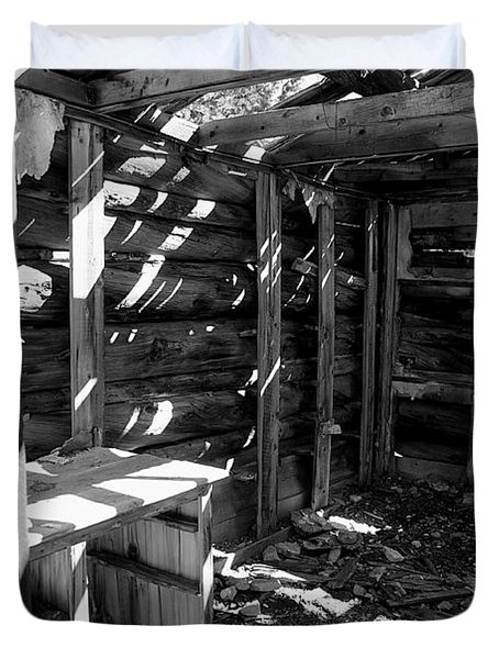 1880's Cabin Duvet Cover