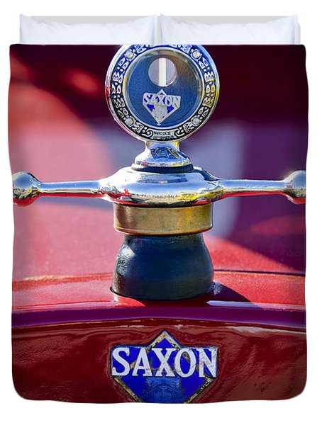 1915 Saxon Roadster Hood Ornament Duvet Cover
