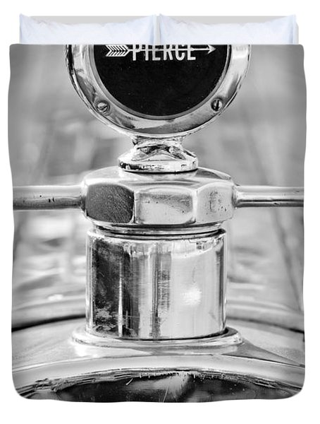 1920 Pierce-arrow Model 48 Coupe Hood Ornament - Motometer Duvet Cover by Jill Reger
