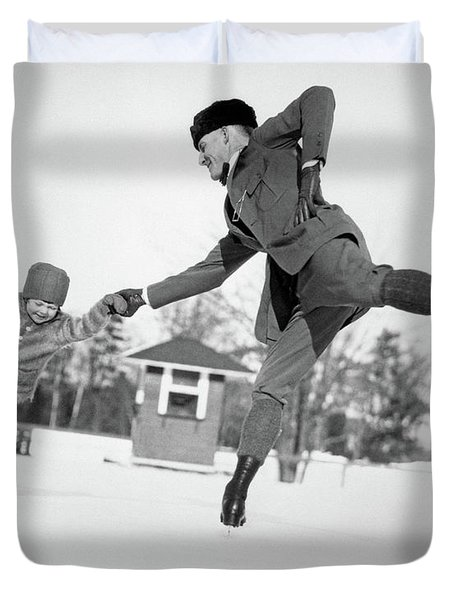 1920s Man Father And Little Girl Duvet Cover