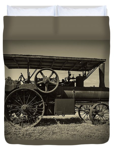 1921 Aultman Taylor Tractor Duvet Cover