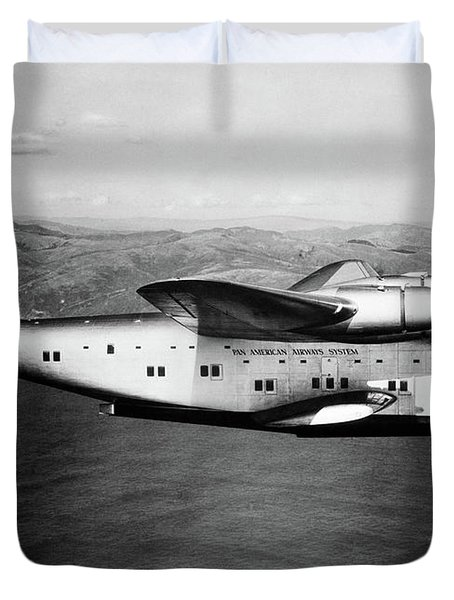 1930s 1940s Pan American Clipper Flying Duvet Cover