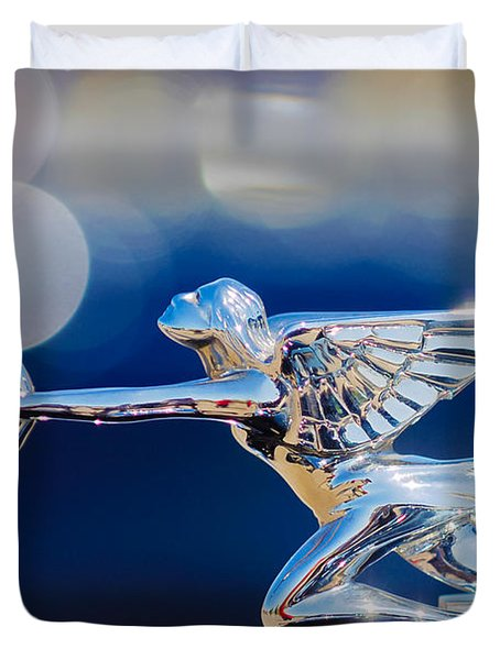 Duvet Cover featuring the photograph 1932 Packard 12 Convertible Victoria Hood Ornament -0251c by Jill Reger
