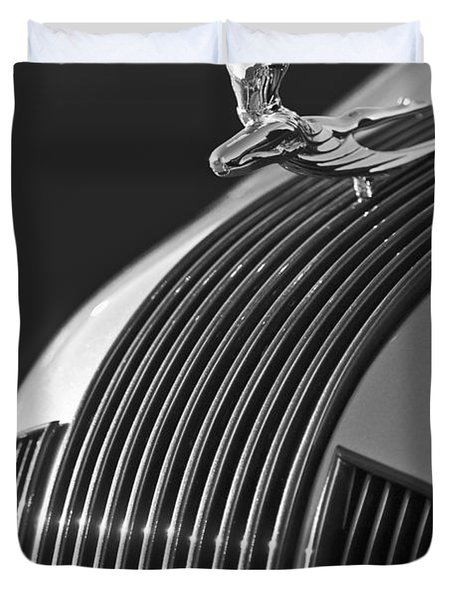 1935 Pontiac Sedan Hood Ornament 3 Duvet Cover