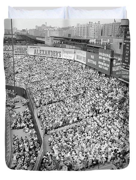1940s 1950s Large Crowd Yankee Stadium Duvet Cover