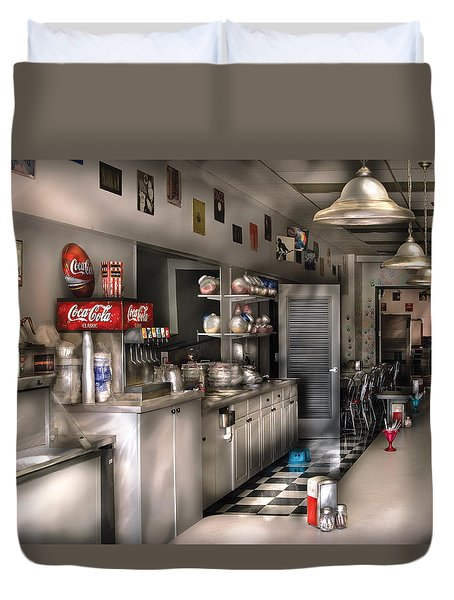 1950's - The Soda Fountain Duvet Cover by Mike Savad