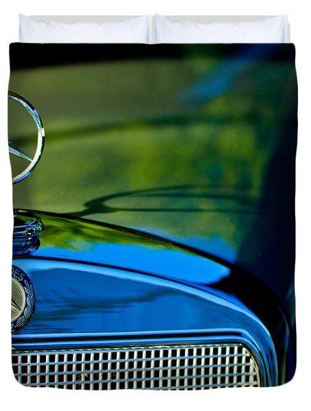 1960 Mercedes-benz 220 Se Convertible Hood Ornament Duvet Cover by Jill Reger