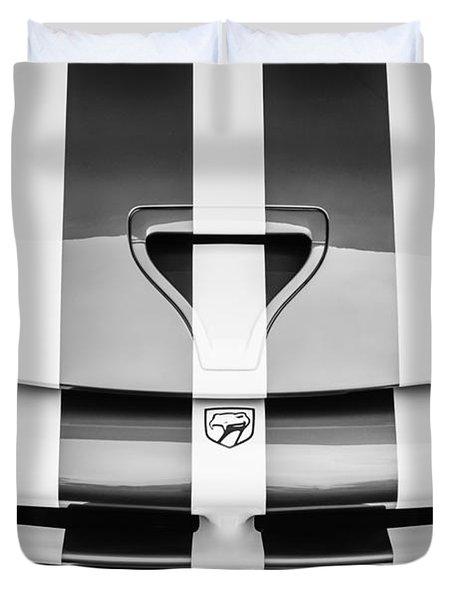 1998 Dodge Viper Gts-r Grille Emblem -0329bw Duvet Cover