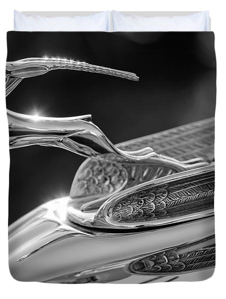 1933 Chrysler Imperial Hood Ornament -0484bw Duvet Cover