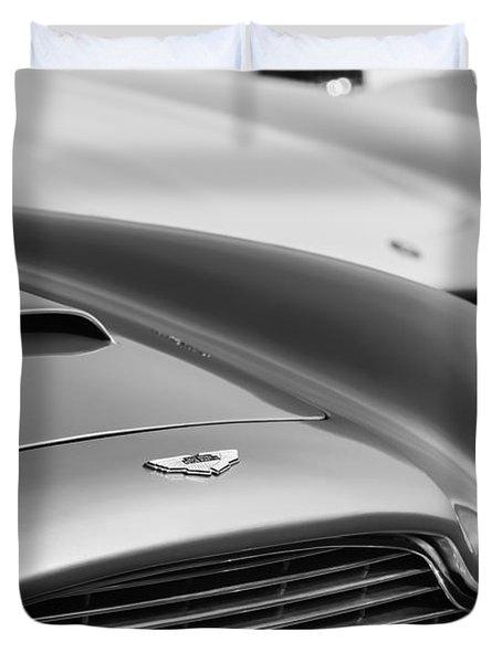 1966 Aston Martin Db6 Hood Emblem -1176bw Duvet Cover
