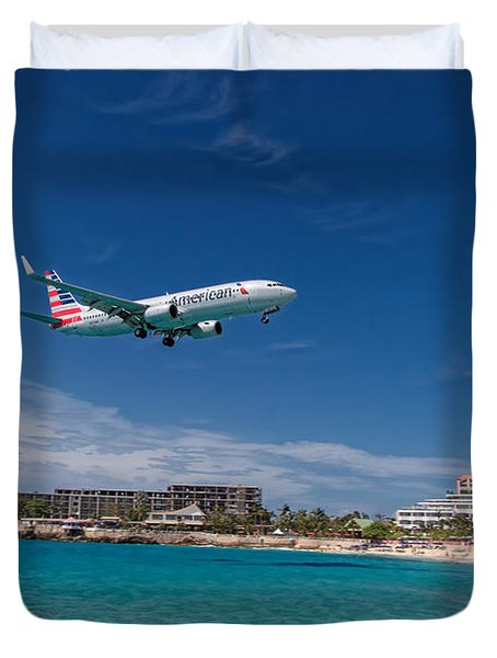 American Airlines At St Maarten Duvet Cover