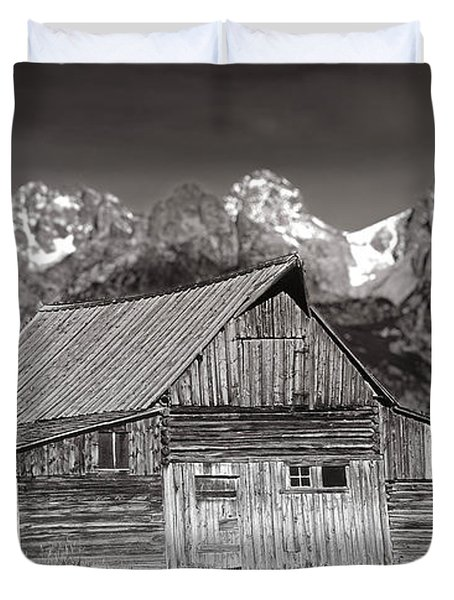 Barn And Tetons Duvet Cover by Jerry Fornarotto