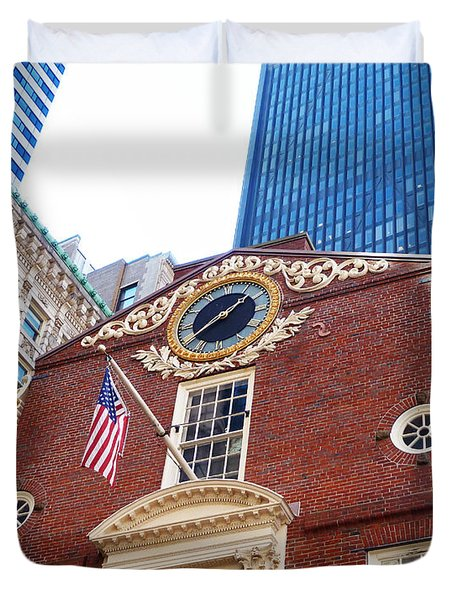 Duvet Cover featuring the photograph Boston Old State House by Cheryl Del Toro
