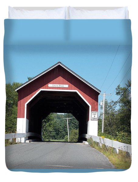 Carlton Bridge In Swanzey Duvet Cover