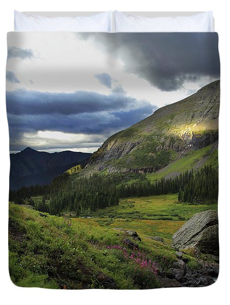 Duvet Cover featuring the photograph Cascade In Lower Ice Lake Basin by Alan Vance Ley