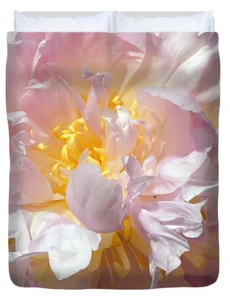 Duvet Cover featuring the photograph Flirtatious Pink by Lilliana Mendez
